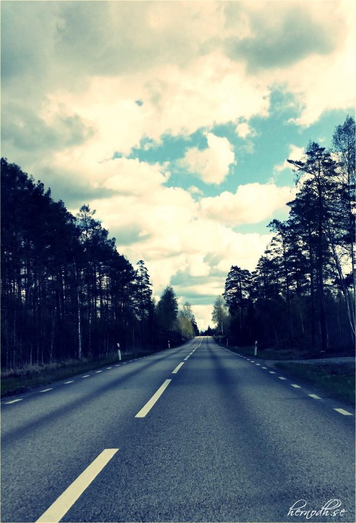 Jag är rätt ensam på vägen