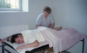 Cia på massage hos Helgi